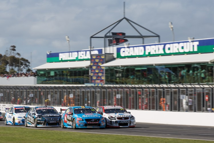 V8 Supercars Phillip Island 2019 with Melbourne Old School Cruisers